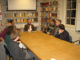 Pasi Sahlberg meeting with UW Finnish students, (from left to right) Ryan Majidimehr, Pasi Sahlberg, Michael Brown, Christopher Morris, and Matthew Kuosmanen