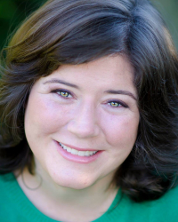 Heather MacLaughlin Garbes Headshot